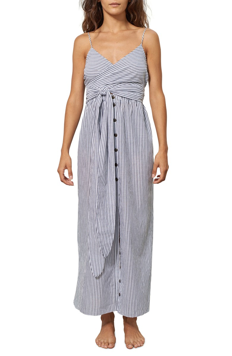 A wrapped bodice and long, button-front skirt give this cover-p maxi dress classic charm.